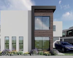 Casa En Ventaen Pachuca De Soto, Arboledas De San Javier, Mexico, MX RAH: 21-3254