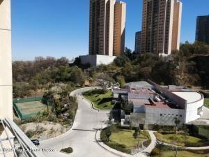 Departamento En Ventaen Huixquilucan, Bosque Real, Mexico, MX RAH: 21-3293