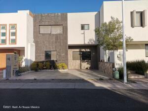 Casa En Ventaen Queretaro, El Refugio, Mexico, MX RAH: 21-3303