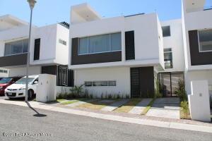 Casa En Ventaen Corregidora, Punta Esmeralda, Mexico, MX RAH: 21-3306