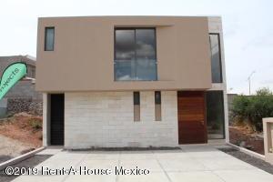 Casa En Ventaen Queretaro, Altozano, Mexico, MX RAH: 21-3353