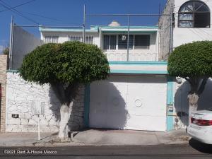 Casa En Ventaen Queretaro, Centro Sur, Mexico, MX RAH: 21-3364