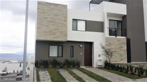 Casa En Rentaen El Marques, Zibata, Mexico, MX RAH: 21-3370