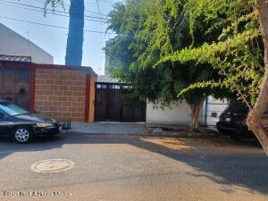 Casa En Ventaen Queretaro, Villa Del Sol, Mexico, MX RAH: 21-3373