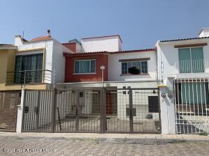 Casa En Ventaen Queretaro, Milenio 3Era Seccion, Mexico, MX RAH: 21-3451