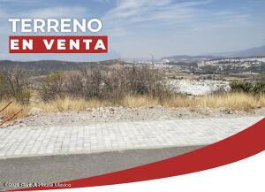Terreno En Ventaen Queretaro, Cumbres Del Lago, Mexico, MX RAH: 21-3735