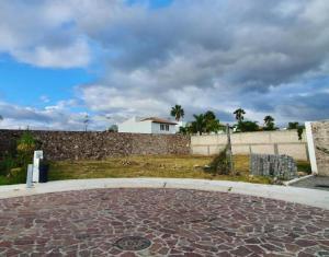 Terreno En Ventaen Corregidora, Canadas Del Lago, Mexico, MX RAH: 21-3783