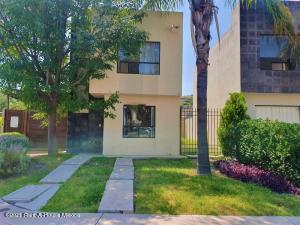 Casa En Rentaen Queretaro, Sonterra, Mexico, MX RAH: 21-3803
