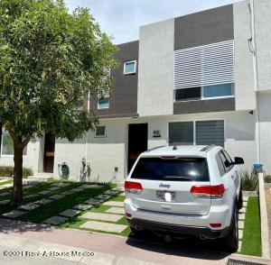 Casa En Ventaen Queretaro, El Mirador, Mexico, MX RAH: 21-3807
