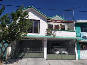 Casa En Rentaen Pachuca De Soto, Plutarco Elias Calles, Mexico, MX RAH: 21-3813