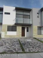 Casa En Ventaen El Marques, Zakia, Mexico, MX RAH: 21-3863