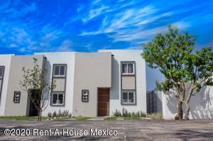 Casa En Ventaen Queretaro, San Miguelito, Mexico, MX RAH: 21-3871