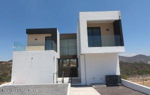 Casa En Ventaen Queretaro, Real De Juriquilla, Mexico, MX RAH: 21-3876