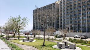 Departamento En Ventaen Queretaro, Altos De Juriquilla, Mexico, MX RAH: 21-3866
