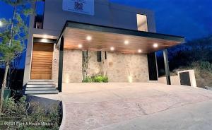 Casa En Ventaen Queretaro, Altozano, Mexico, MX RAH: 21-1103
