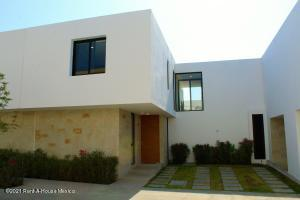 Casa En Ventaen Queretaro, Altos De Juriquilla, Mexico, MX RAH: 21-3943