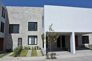 Casa En Ventaen Queretaro, Altos De Juriquilla, Mexico, MX RAH: 21-3949