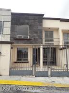Casa En Ventaen Pachuca De Soto, Bosques Del Penar, Mexico, MX RAH: 21-4110
