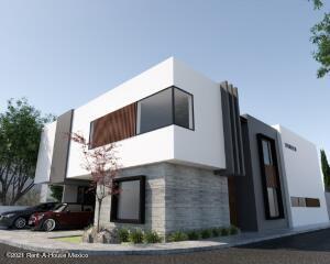 Casa En Ventaen El Marques, Zibata, Mexico, MX RAH: 21-4122