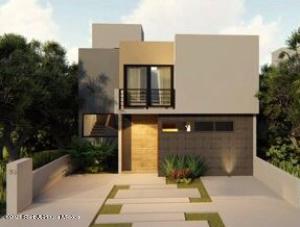 Casa En Ventaen Queretaro, Altozano, Mexico, MX RAH: 21-4134