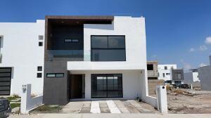 Casa En Ventaen Queretaro, El Mirador, Mexico, MX RAH: 21-4289