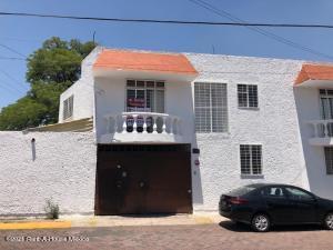 Casa En Rentaen Queretaro, Carretas, Mexico, MX RAH: 21-4324