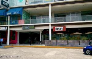 Bodega En Rentaen Naucalpan De Juarez, Ciudad Satelite, Mexico, MX RAH: 21-4362