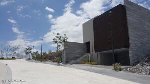 Casa En Ventaen Queretaro, El Campanario, Mexico, MX RAH: 21-4631