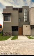 Casa En Ventaen San Miguel Allende, Zirandaro, Mexico, MX RAH: 21-4639