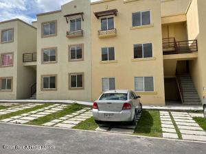 Departamento En Rentaen El Marques, Real Solare, Mexico, MX RAH: 21-4662