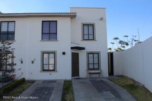 Casa En Rentaen El Marques, Zakia, Mexico, MX RAH: 21-4669