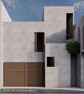 Casa En Ventaen El Marques, Zibata, Mexico, MX RAH: 21-4693