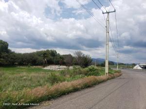 Terreno En Ventaen Santa Rosa Jauregui, San Miguelito, Mexico, MX RAH: 21-4373