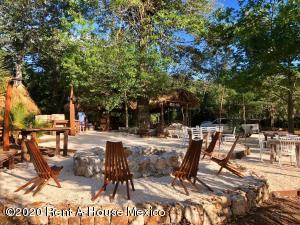Terreno En Ventaen Puerto Morelos, Ruta De Los Cenotes, Mexico, MX RAH: 21-4713