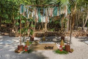 Terreno En Ventaen Puerto Morelos, Ruta De Los Cenotes, Mexico, MX RAH: 21-4718