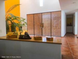 Casa En Ventaen Queretaro, Residencial Del Valle, Mexico, MX RAH: 21-4755