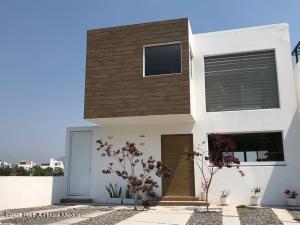 Casa En Ventaen Queretaro, Real De Juriquilla, Mexico, MX RAH: 21-4793
