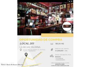 Local Comercial En Ventaen Queretaro, Milenio 3Era Seccion, Mexico, MX RAH: 21-4812