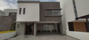 Casa En Ventaen Queretaro, Lomas De Juriquilla, Mexico, MX RAH: 21-4849