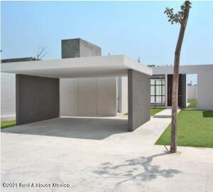 Casa En Ventaen Merida, Cholul, Mexico, MX RAH: 21-4844