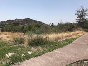 Terreno En Ventaen Queretaro, Altozano, Mexico, MX RAH: 21-4906