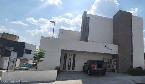 Casa En Ventaen Queretaro, El Refugio, Mexico, MX RAH: 21-4390