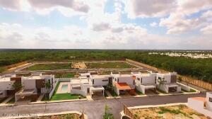 Terreno En Ventaen Conkal, Conkal, Mexico, MX RAH: 21-4953