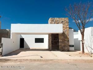 Casa En Ventaen Conkal, Conkal, Mexico, MX RAH: 21-4960