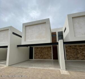 Casa En Ventaen Merida, Santa Gertrudis Copo, Mexico, MX RAH: 21-4969