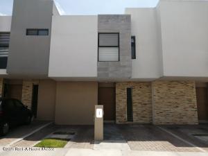 Casa En Ventaen Queretaro, El Refugio, Mexico, MX RAH: 21-5004