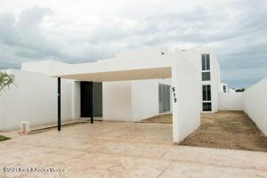 Casa En Ventaen Merida, Royal Del Parque, Mexico, MX RAH: 21-5023
