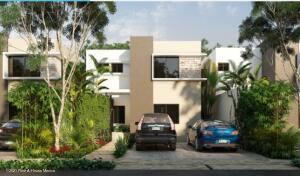 Casa En Ventaen Conkal, Conkal, Mexico, MX RAH: 21-5025