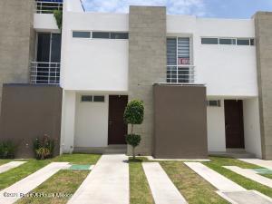 Casa En Rentaen El Marques, Zakia, Mexico, MX RAH: 21-5059