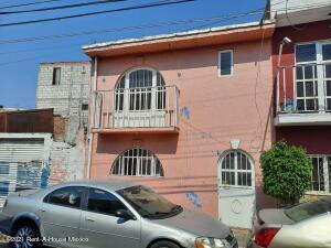 Casa En Ventaen Queretaro, La Trinidad, Mexico, MX RAH: 21-5112